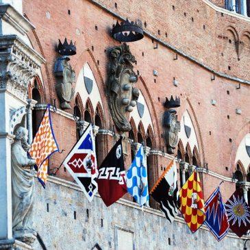 Palio di Siena tradizione italiana
