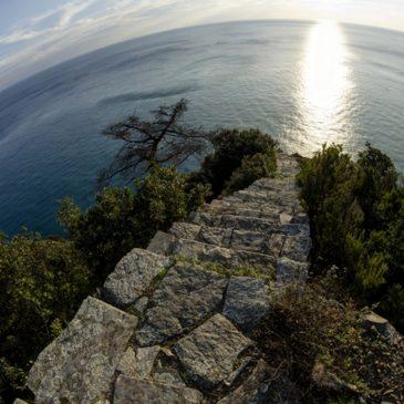 Monesteroli mille gradini verso il blu – Costa di Tramonti – Parco delle Cinque Terre