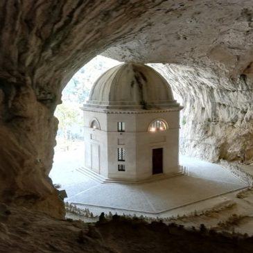Tempio del Valadier | Genga | Parco Gola della Rossa e di Frasassi